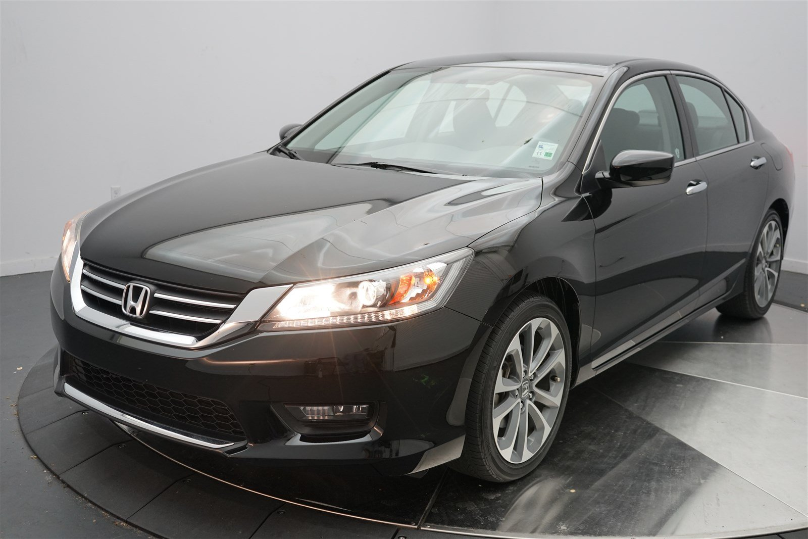 Certified pre owned 2014 honda accord sedan sport 4dr car for Honda used certified