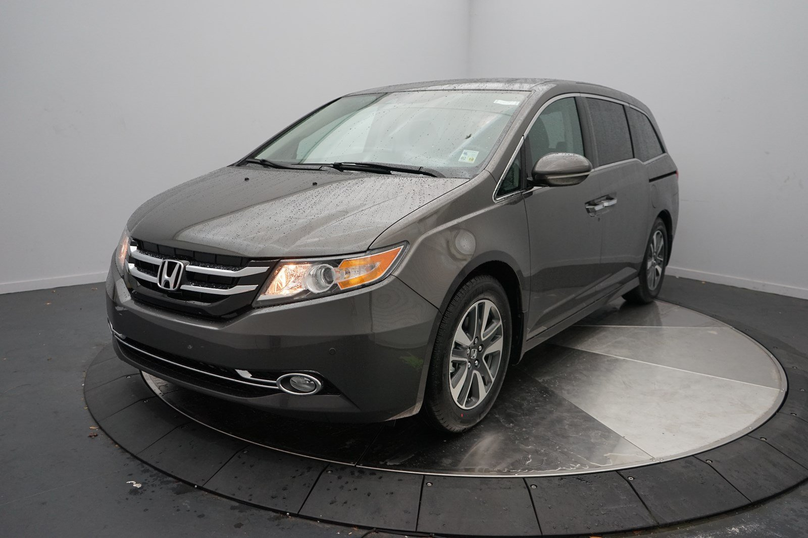 new 2017 honda odyssey touring elite mini van passenger