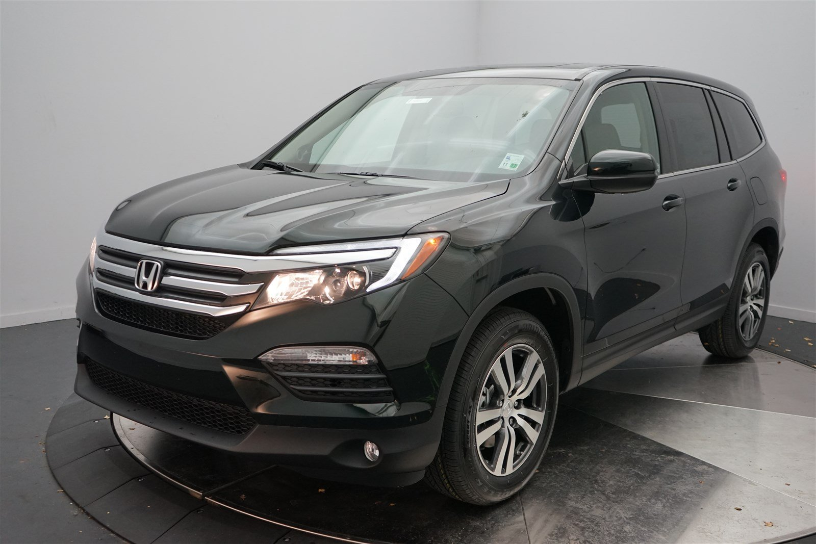 new 2017 honda pilot ex l sport utility in shreveport 4805 holmes honda. Black Bedroom Furniture Sets. Home Design Ideas